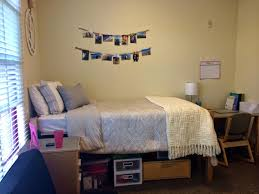lauren rose my dorm room