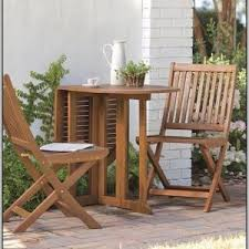 Wooden Bistro Chairs Folding Wooden Bistro Table And Chairs Chairs Home Decorating