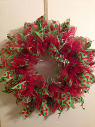 christmas ruffle deco mesh wreath wreaths pinterest wreaths