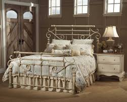 Antique White Bedroom Furniture Hillsdale Wilshire Metal Bed Antique White 1172 Mtlbed
