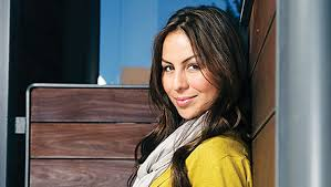 comedian anjelah johnson u0027s rise in the stand up world bay state