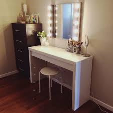 how to make vanity desk furniture lighted make up vanity table top mirror for broadway