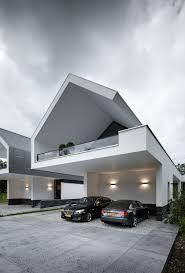 a golden triangle office architect agustín hernandez