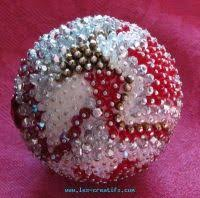 Christmas Table Decoration Ideas Beads by Making A Bead Ball As A Christmas Table Centerpiece