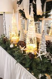Holiday Decorated Homes by 1504 Best Creatively Christmas Decorating Ideas Images On
