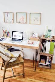 Design Tips For Small Home Offices by Best 25 Tiny Home Office Ideas On Pinterest Tiny Office Window