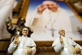 pope francis souvenirs wacky pope souvenirs