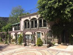 houdini estate wild about harry touring houdini s l a with dorothy dietrich and