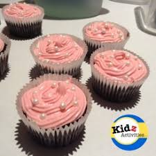 minnie mouse cupcakes easy minnie mouse cupcakes kidz activities