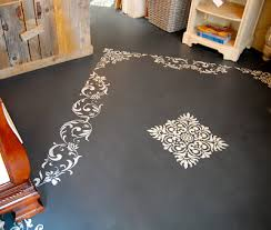 painting a floor using annie sloan chalk paint on floors annie sloan chalk paint