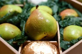 fruit by mail how harry david cornered the market on pricey mail order pears