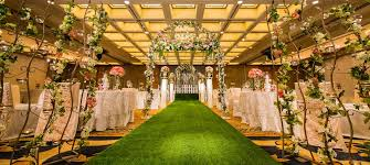 wedding backdrop singapore 37 majestic and dreamy hotel ballrooms in singapore for weddings