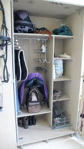 armoire de sellerie horses pinterest haken armoires and hooks