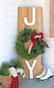 Christmas Yard Decorations Canada by The Great Canadian Wreath Hop Joy Outdoor Wreath Sign Fynes