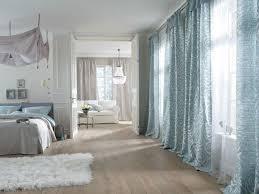 schlafzimmer hellblau schlafzimmergardine in hellblau stoffe für wohn t räume