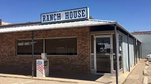 ranch house restaurant closes its doors youtube ranch house restaurant closes its doors