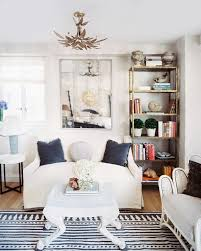 Bookshelves Small Spaces by Got A Moment 6 Small Space Decorating Mistakes That Take Just