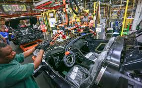 corvette plant plant tours offer up look at corvette s production line