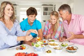 5 reasons for family dinner time together counts