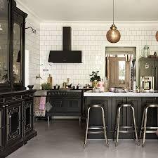 this interior designer u0027s charleston home breaks every rule mydomaine