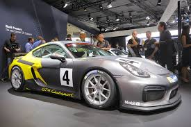 porsche cayman 2015 gt4 porsche cayman gt4 clubsport brings the heat to la