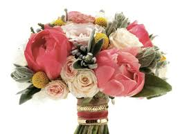 bouquets for weddings how to choose your bridal bouquet make the most of it