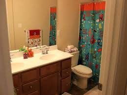Boys Bathroom Decorating Ideas Boy Bathroom Decor Simple Boys House Decorating Ideas Tradesman