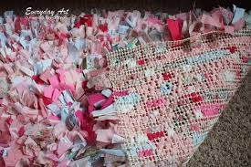 How To Make My Own Rug Craftaholics Anonymous How To Make A Rag Rug Tutorial
