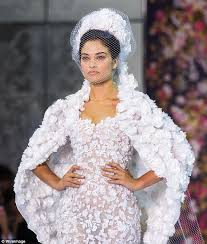 wedding dress daily shanina shaik s ex tyson beckford reacts to of model in a