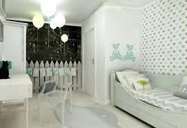 tapisserie chambre bebe deco tapisserie chambre dacco murale chambre enfant idaces avec