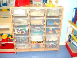 rangement jouet chambre meuble rangement jouets meuble de rangement meuble rangement