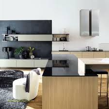 renover cuisine bois renover cuisine bois vernis génial tendance blanc ou bois pour ma