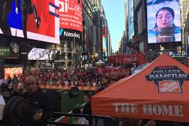 thanksgiving college football games why espn u0027s u0027college gameday u0027 is in new york city u0027s times square