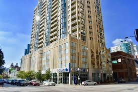 2 Bedroom Apartments In Chicago 600 N Dearborn Rentals Chicago Il The Farallon Apartments For Rent