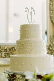 swiss dot quilted wedding cake wc037 confection perfection