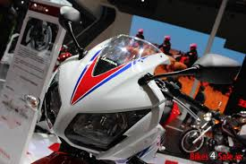 cbr bike pic 2014 honda cbr 300r first look and review bikes4sale