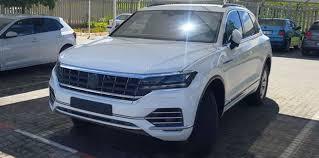 Future Vw Touareg Volkswagen Touareg Caught Undisguised