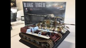 building the new 1 35 takom king tiger with full interior part 3