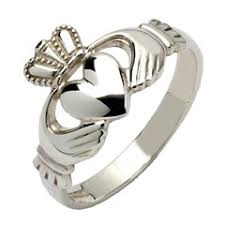 366 best ring images on beautiful celtic jewelry claddagh rings celtic crosses