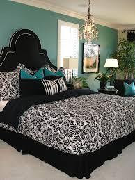 Damask Bedding Design Ideas - Damask bedroom ideas
