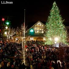 four great spots in central maine to see some magical christmas