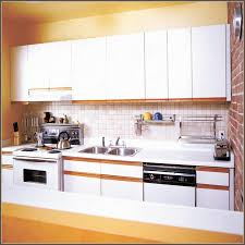 Can You Paint Over Kitchen Cabinets Uncategorized How To Paint Melamine Furniture Painting Wood