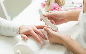 cincysavers get your choice of nail and waxing services from