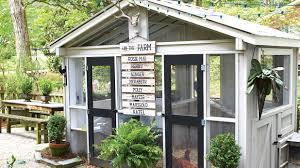 home decor amazing backyard chicken coop wonderful diy recycled