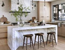 marble island kitchen pin by mytouchdeco on cuisine kitchens pendant