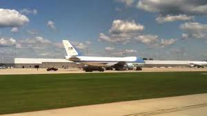 grand rapids mi airport air force one grand rapids international airport youtube