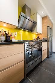 cuisine jaune citron une cuisine ged pimpante en jaune citron