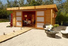cabane jardin cabane de jardin rénover en image