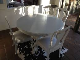 Chalk Paint Table And Chairs Chalk Painted Furniture Kōr Lifestyle