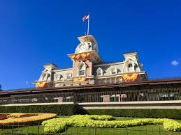 Save Money On Disney World How To Save Money On A Trip To Disney World